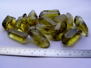 Gold green Quartz